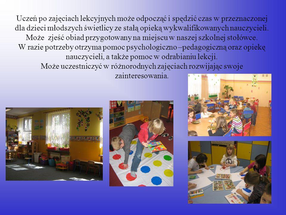 Uczeń po zajęciach lekcyjnych może odpocząć i spędzić czas w przeznaczonej dla dzieci młodszych świetlicy ze stałą opieką wykwalifikowanych nauczycieli.