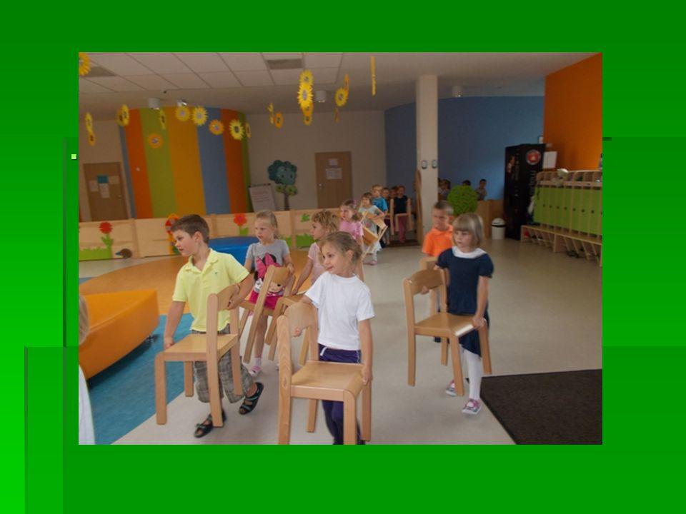 Nauczyliśmy się jak przenosić krzesło