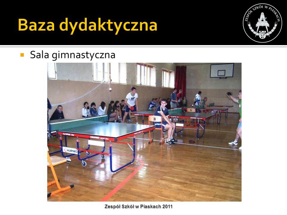 Baza dydaktyczna Sala gimnastyczna Zespół Szkół w Piaskach 2011
