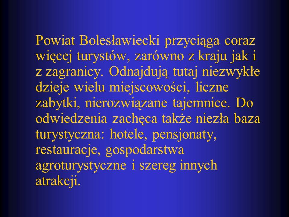 Powiat Bolesławiecki przyciąga coraz więcej turystów, zarówno z kraju jak i z zagranicy.