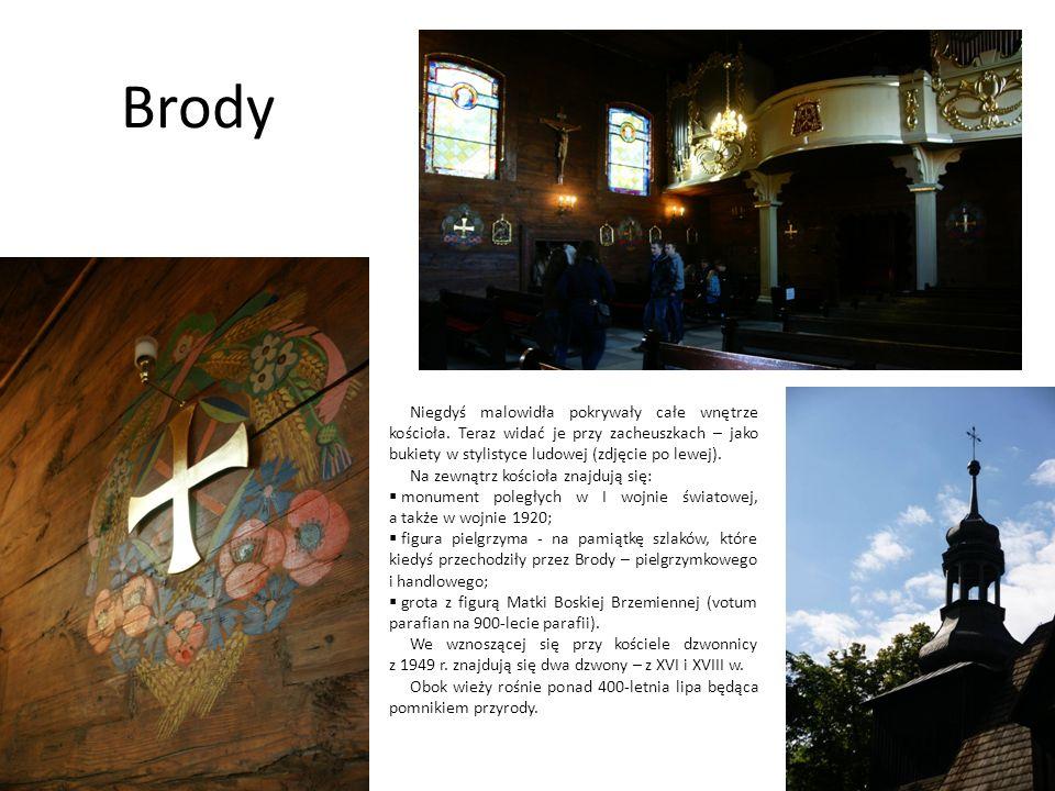 BrodyNiegdyś malowidła pokrywały całe wnętrze kościoła. Teraz widać je przy zacheuszkach – jako bukiety w stylistyce ludowej (zdjęcie po lewej).