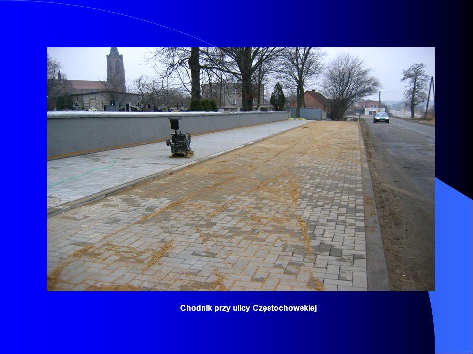 Chodnik przy ulicy Częstochowskiej