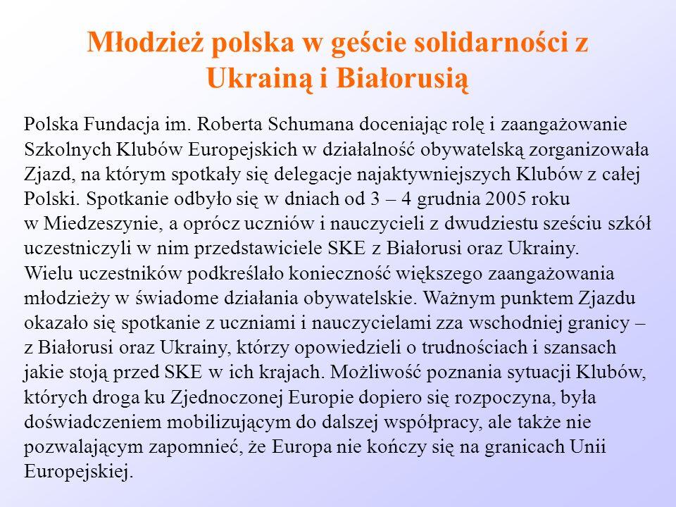 Młodzież polska w geście solidarności z Ukrainą i Białorusią