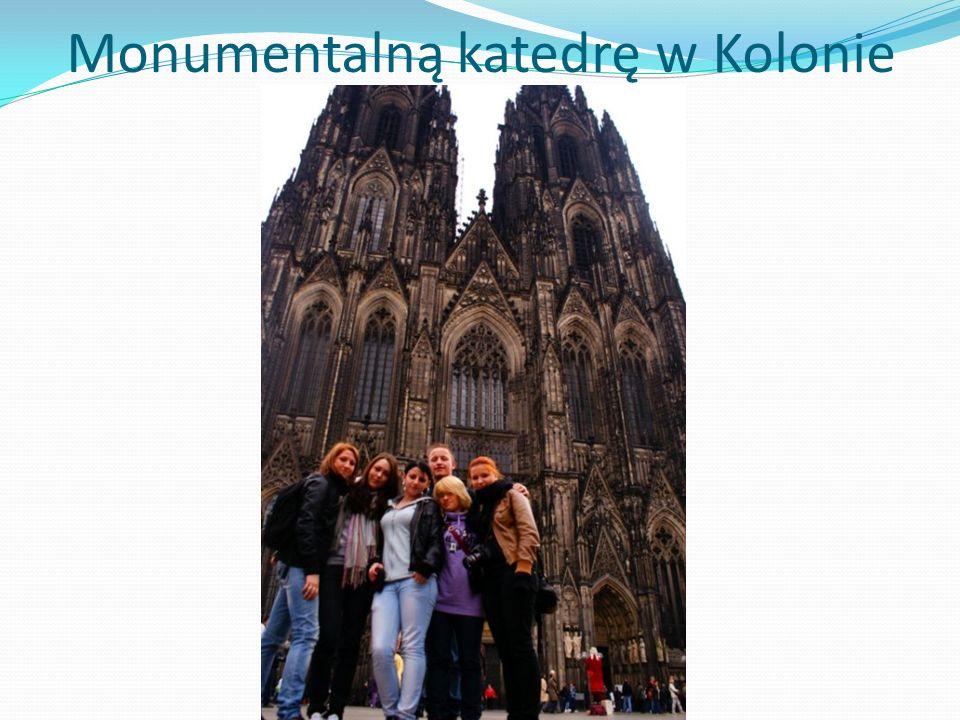 Monumentalną katedrę w Kolonie
