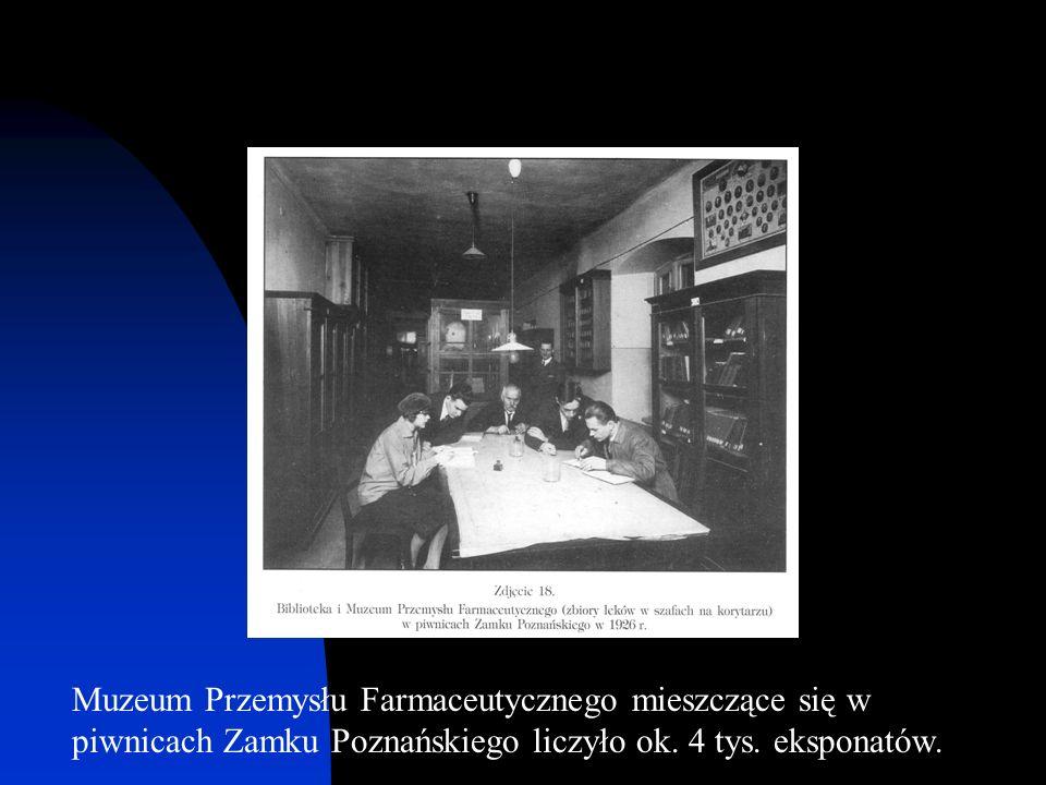 Muzeum Przemysłu Farmaceutycznego mieszczące się w piwnicach Zamku Poznańskiego liczyło ok.