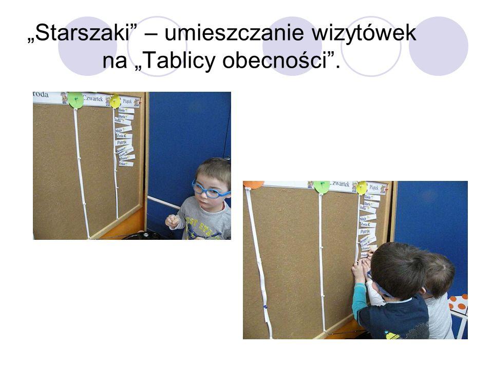 """""""Starszaki – umieszczanie wizytówek na """"Tablicy obecności ."""