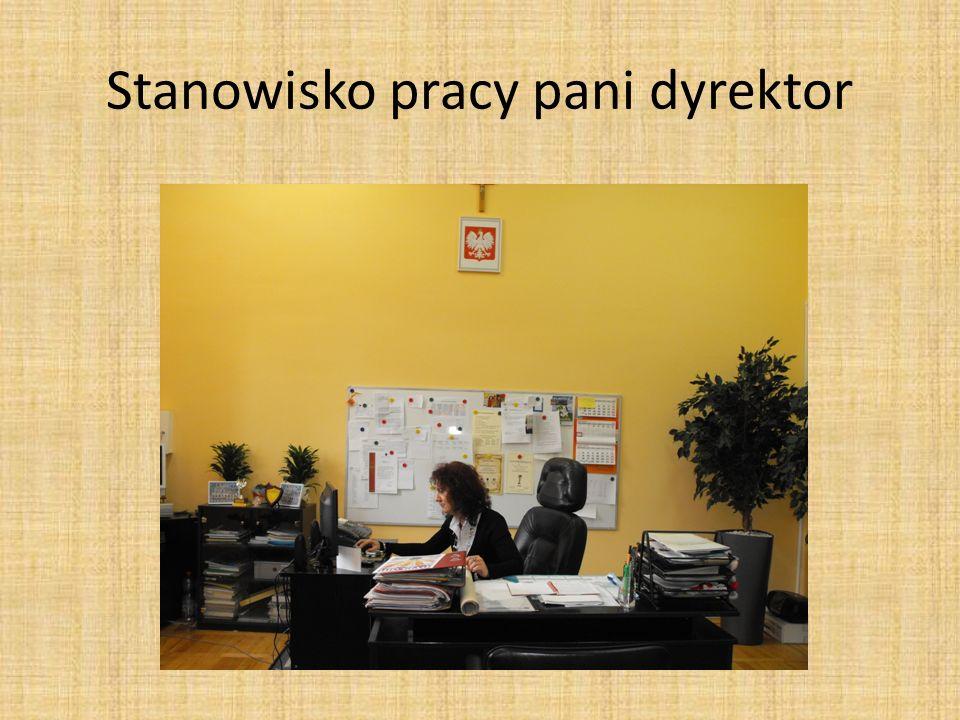 Stanowisko pracy pani dyrektor