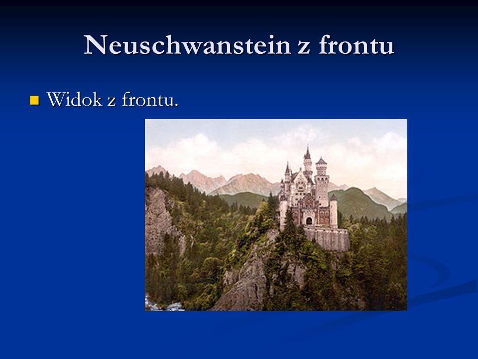 Neuschwanstein z frontu