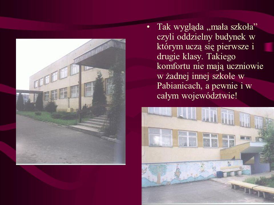 """Tak wygląda """"mała szkoła czyli oddzielny budynek w którym uczą się pierwsze i drugie klasy."""