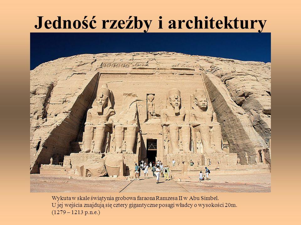 Jedność rzeźby i architektury