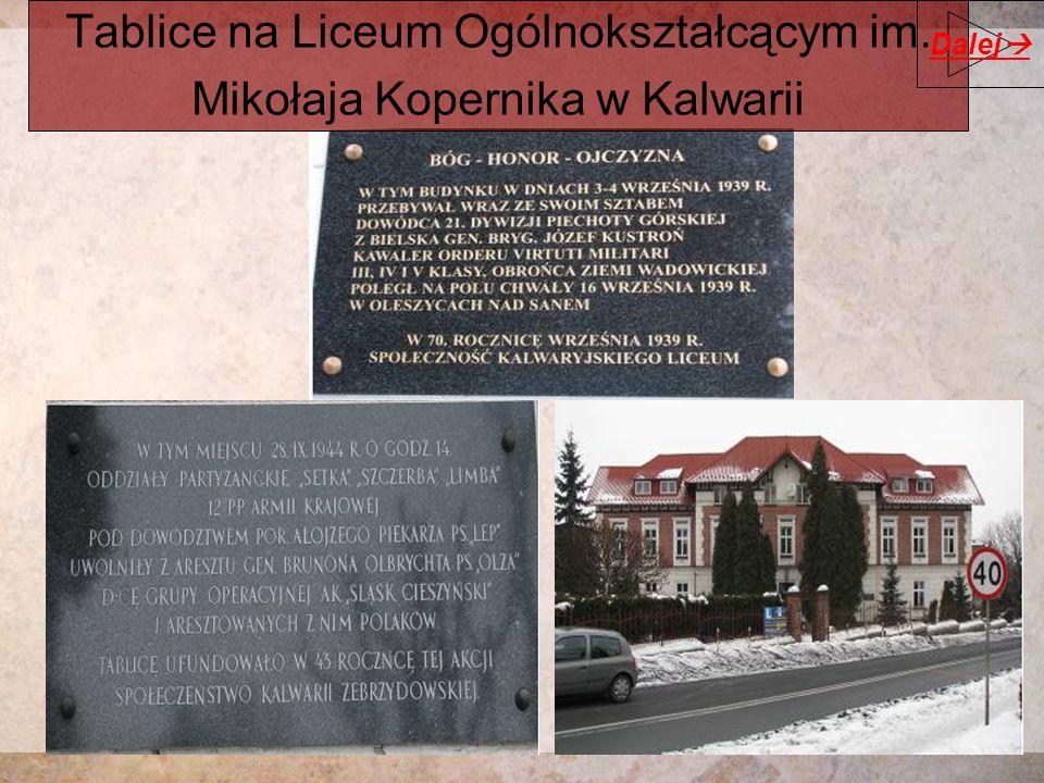 Tablice na Liceum Ogólnokształcącym im. Mikołaja Kopernika w Kalwarii