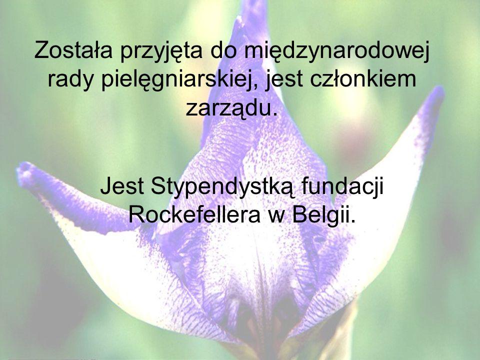 Jest Stypendystką fundacji Rockefellera w Belgii.