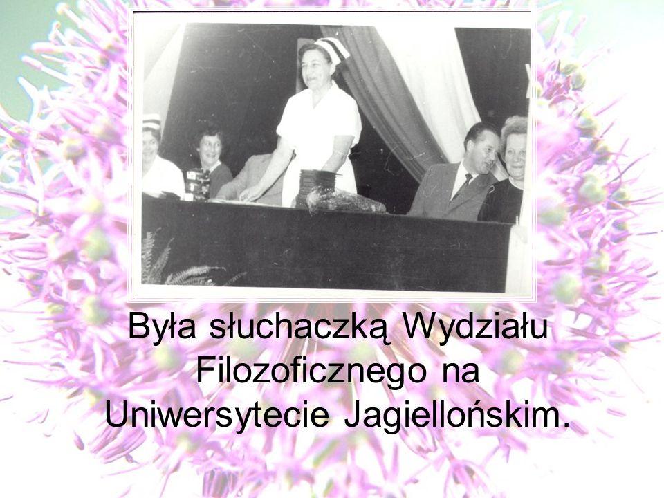 Była słuchaczką Wydziału Filozoficznego na Uniwersytecie Jagiellońskim.