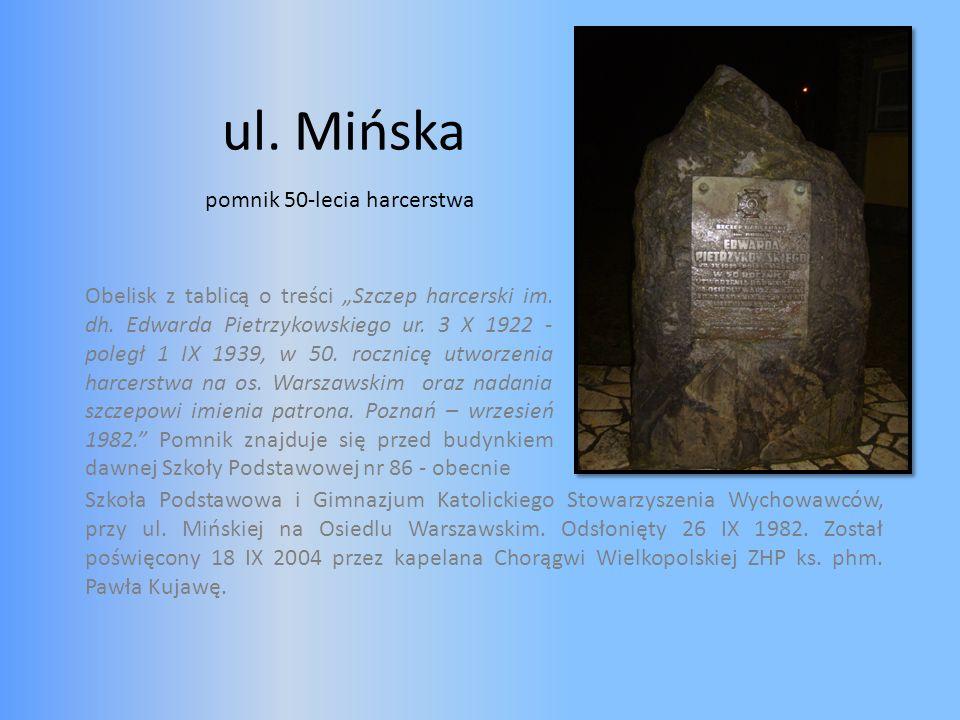 ul. Mińska pomnik 50-lecia harcerstwa