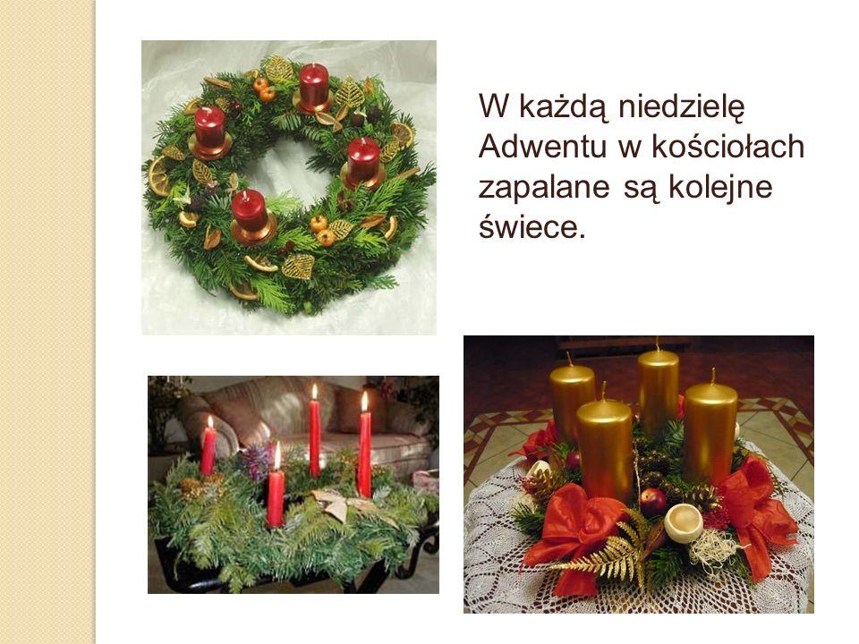 W każdą niedzielę Adwentu w kościołach zapalane są kolejne świece.