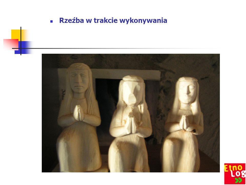 Rzeźba w trakcie wykonywania