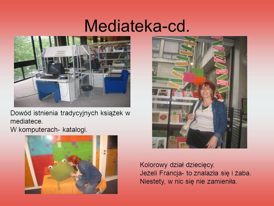 Mediateka-cd. Dowód istnienia tradycyjnych książek w mediatece.