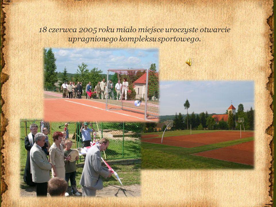 18 czerwca 2005 roku miało miejsce uroczyste otwarcie upragnionego kompleksu sportowego.