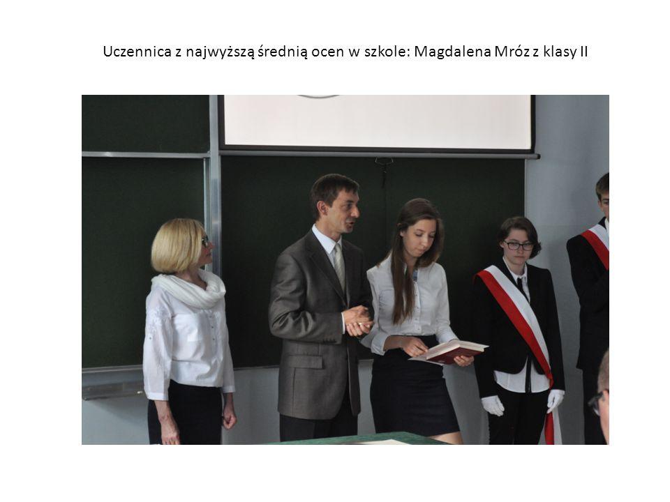 Uczennica z najwyższą średnią ocen w szkole: Magdalena Mróz z klasy II