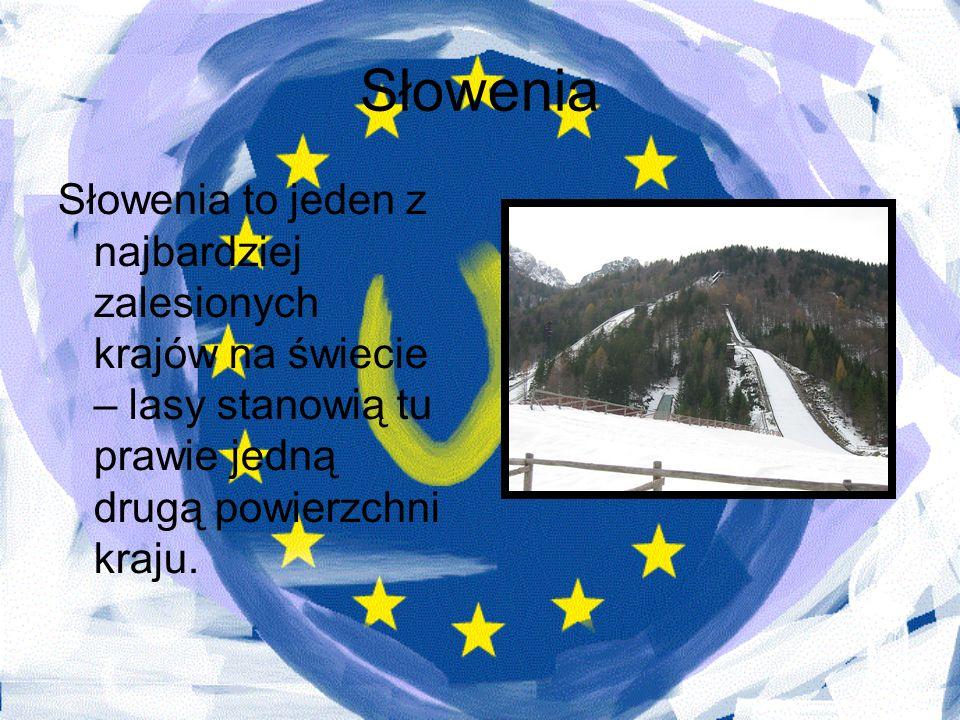 SłoweniaSłowenia to jeden z najbardziej zalesionych krajów na świecie – lasy stanowią tu prawie jedną drugą powierzchni kraju.