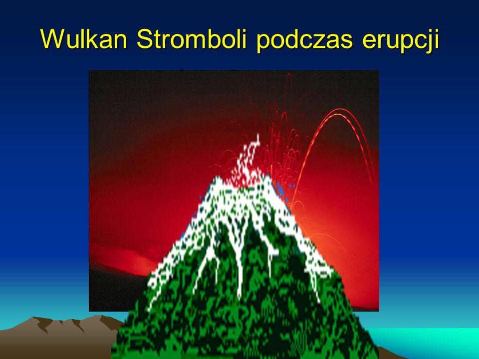Wulkan Stromboli podczas erupcji