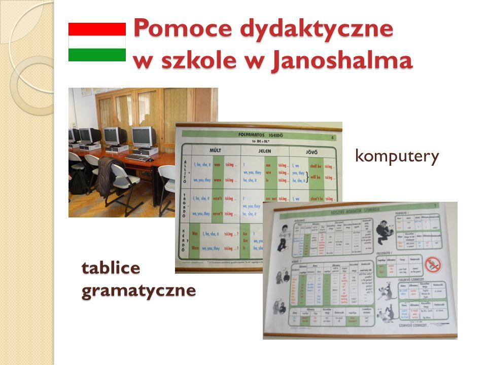 Pomoce dydaktyczne w szkole w Janoshalma k tablice gramatyczne