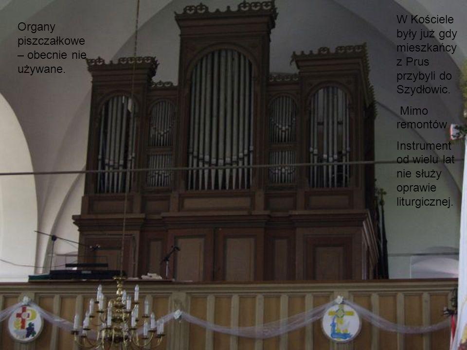 W Kościele były już gdy mieszkańcy z Prus przybyli do Szydłowic.