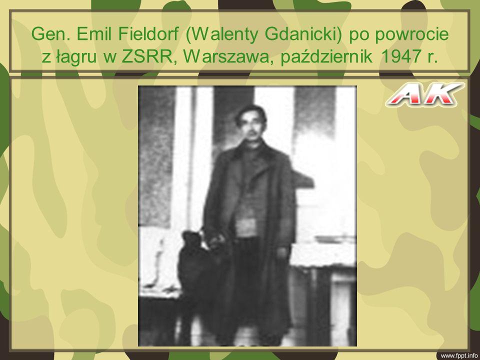 Gen. Emil Fieldorf (Walenty Gdanicki) po powrocie z łagru w ZSRR, Warszawa, październik 1947 r.