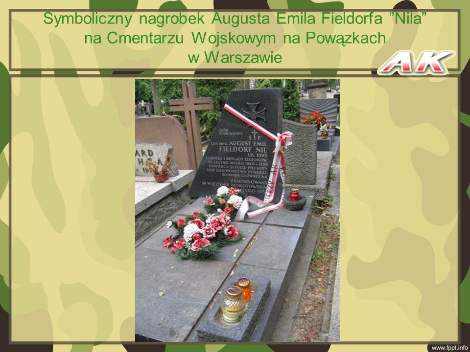 Symboliczny nagrobek Augusta Emila Fieldorfa Nila na Cmentarzu Wojskowym na Powązkach w Warszawie