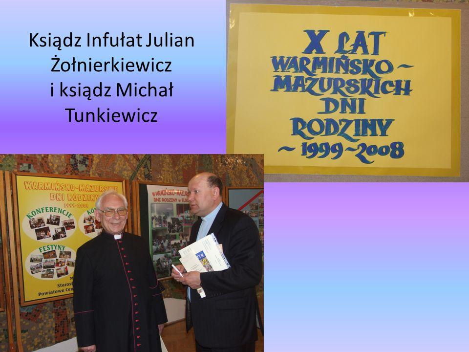 Ksiądz Infułat Julian Żołnierkiewicz i ksiądz Michał Tunkiewicz