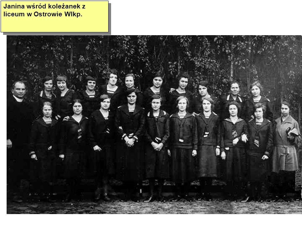 Janina wśród koleżanek z liceum w Ostrowie Wlkp.