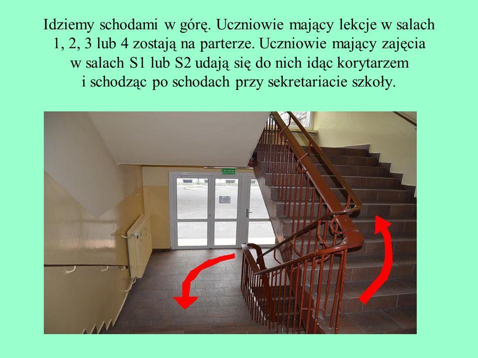 Idziemy schodami w górę