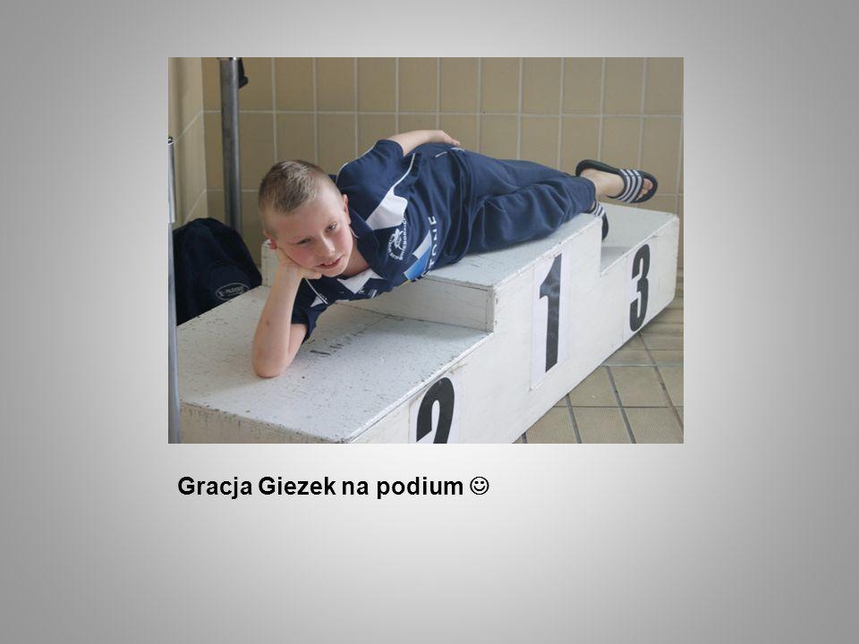 Gracja Giezek na podium 