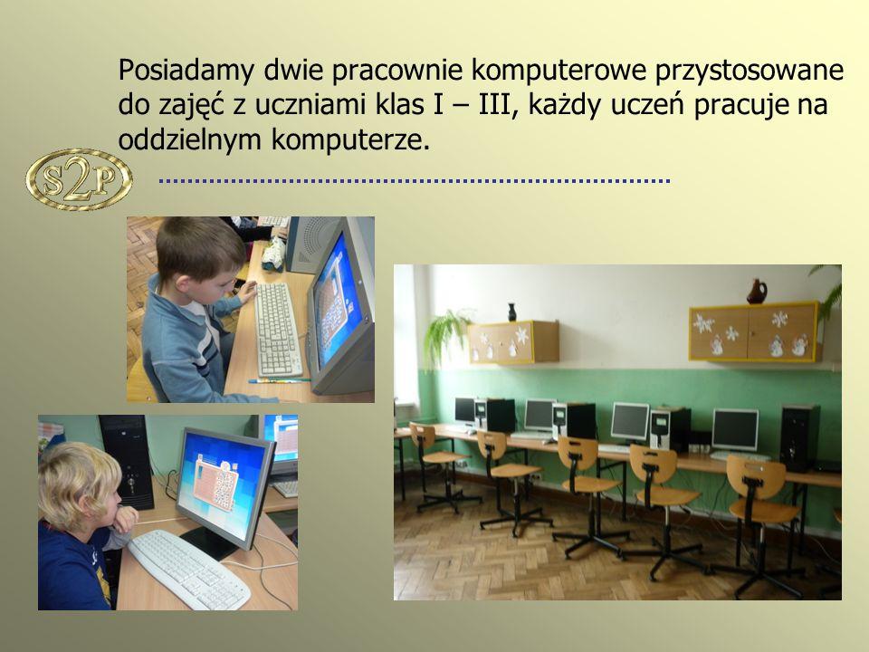 Posiadamy dwie pracownie komputerowe przystosowane do zajęć z uczniami klas I – III, każdy uczeń pracuje na oddzielnym komputerze.
