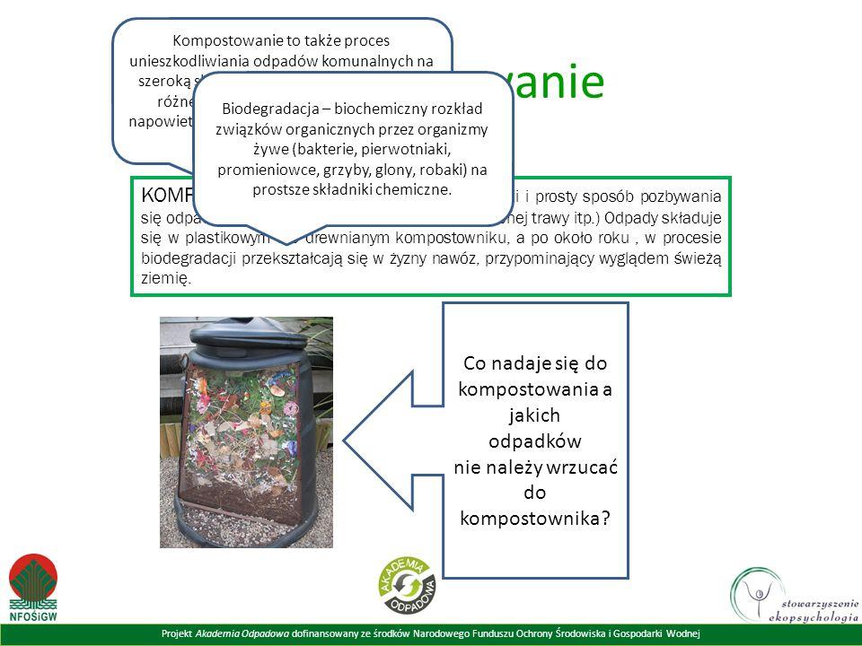 Kompostowanie to także proces unieszkodliwiania odpadów komunalnych na szeroką skalę. Wykorzystywane do tego są różnego rodzaju systemy, np. system napowietrzanych stosów czy system bębnów obrotowych.