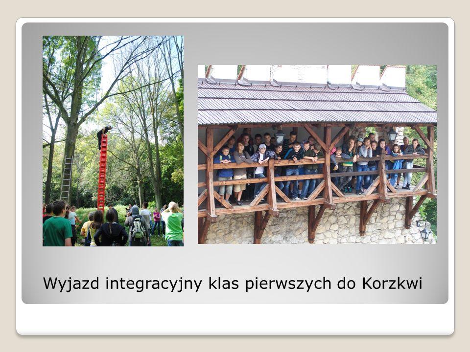 Wyjazd integracyjny klas pierwszych do Korzkwi