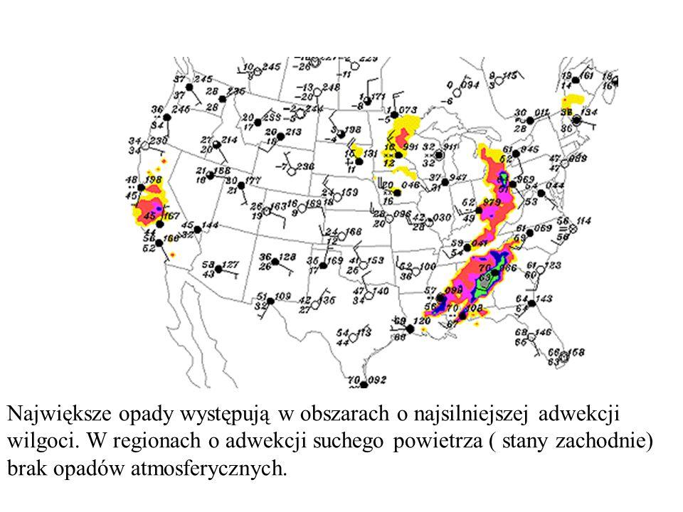 Największe opady występują w obszarach o najsilniejszej adwekcji wilgoci.