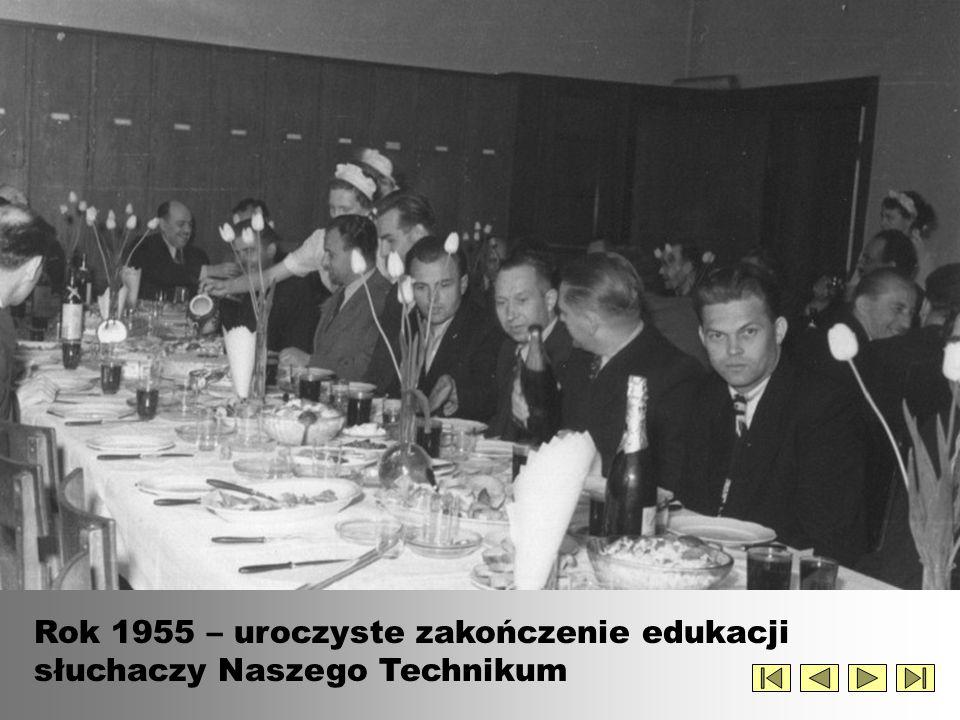 Rok 1955 – uroczyste zakończenie edukacji słuchaczy Naszego Technikum