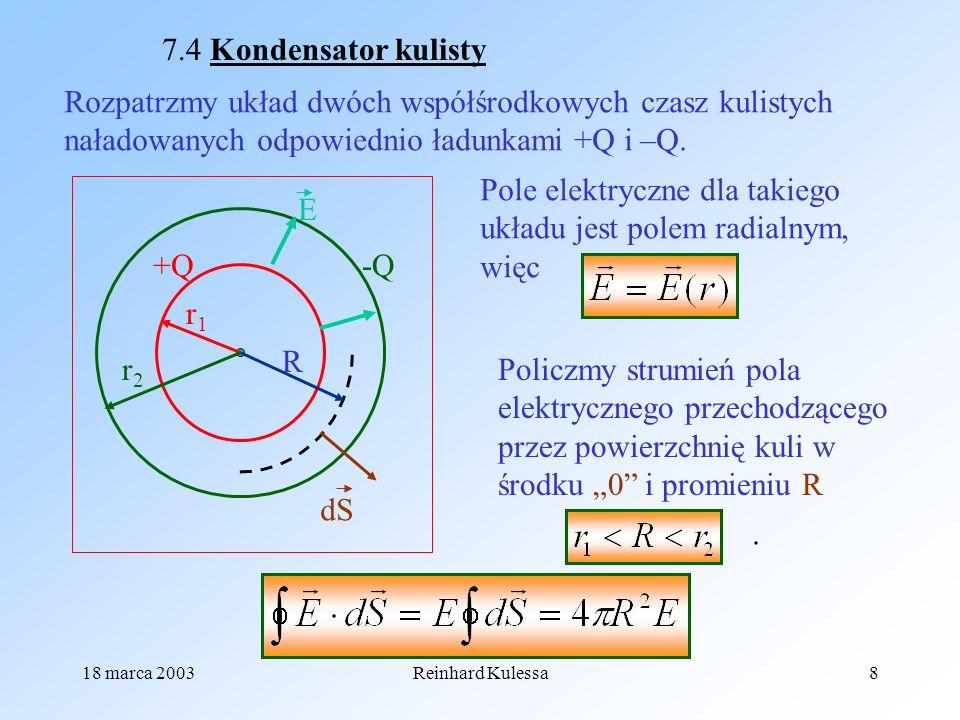 Pole elektryczne dla takiego układu jest polem radialnym, więc E