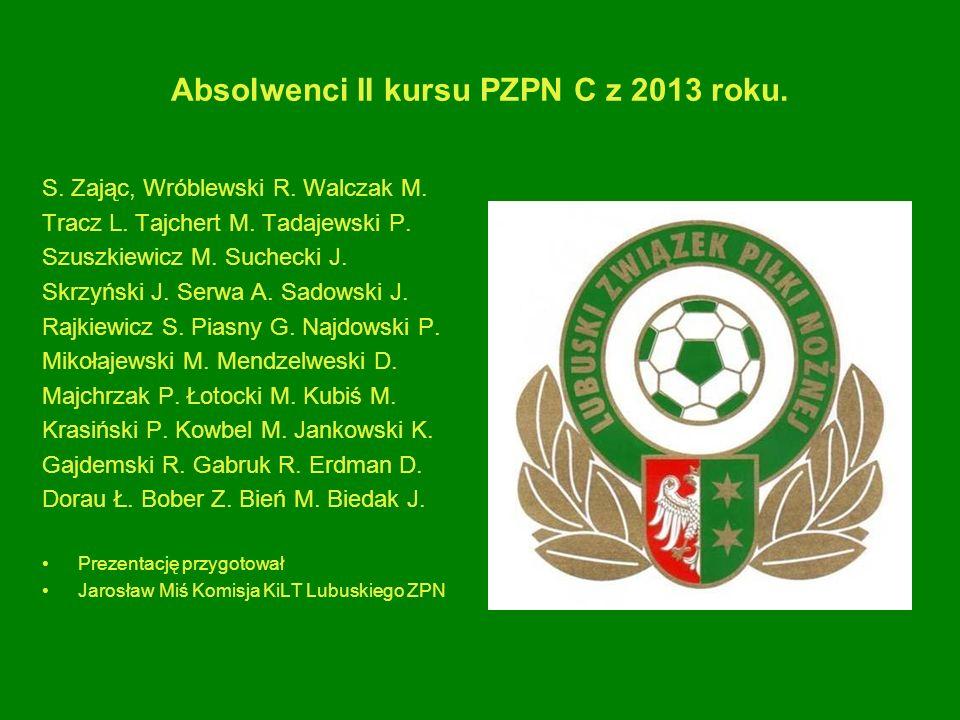 Absolwenci II kursu PZPN C z 2013 roku.