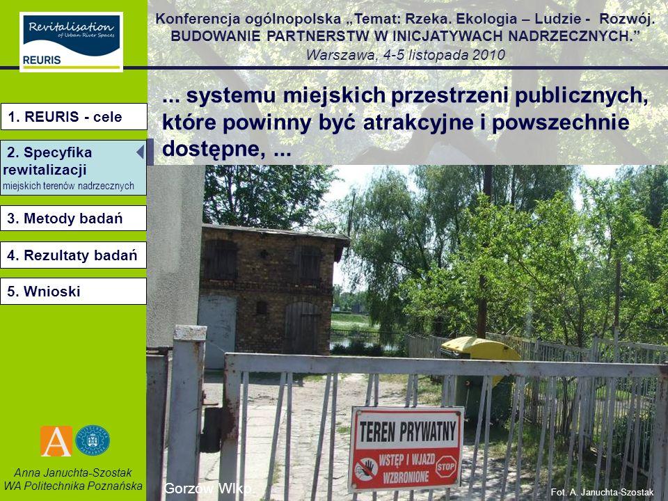 ... systemu miejskich przestrzeni publicznych, które powinny być atrakcyjne i powszechnie dostępne, ...