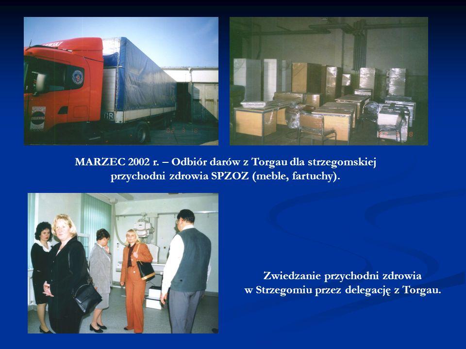 Zwiedzanie przychodni zdrowia w Strzegomiu przez delegację z Torgau.
