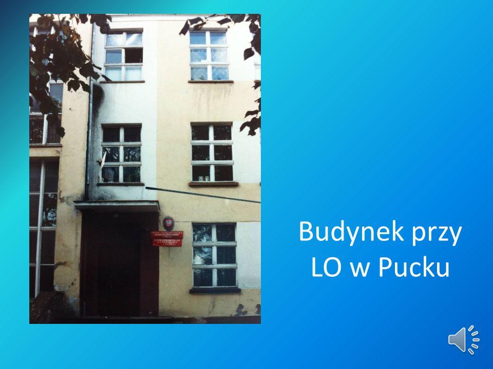 Budynek przy LO w Pucku
