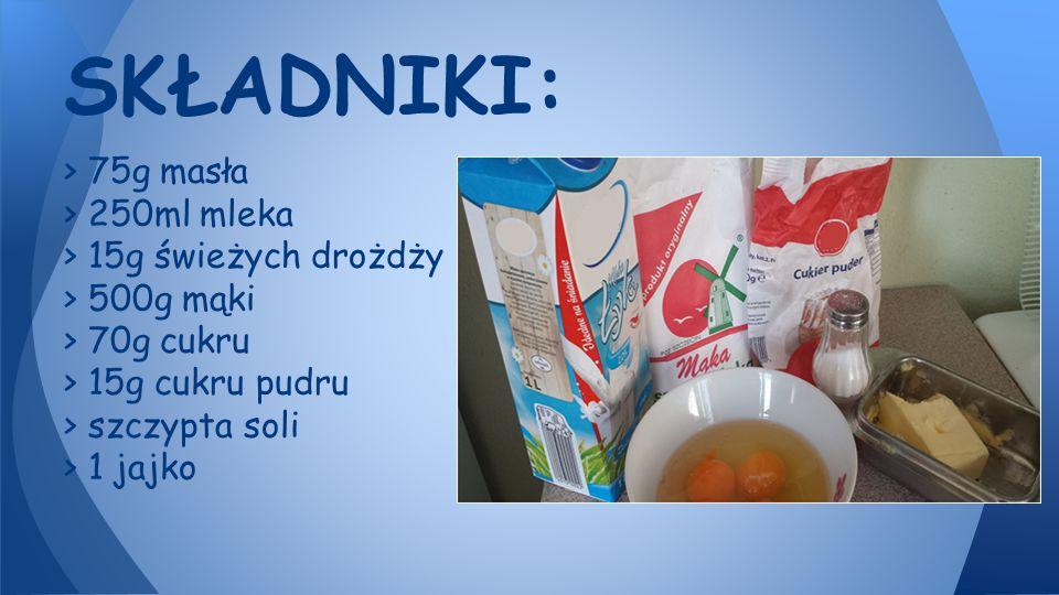 1. Mleko delikatnie podgrzać (nie może być gorące!).