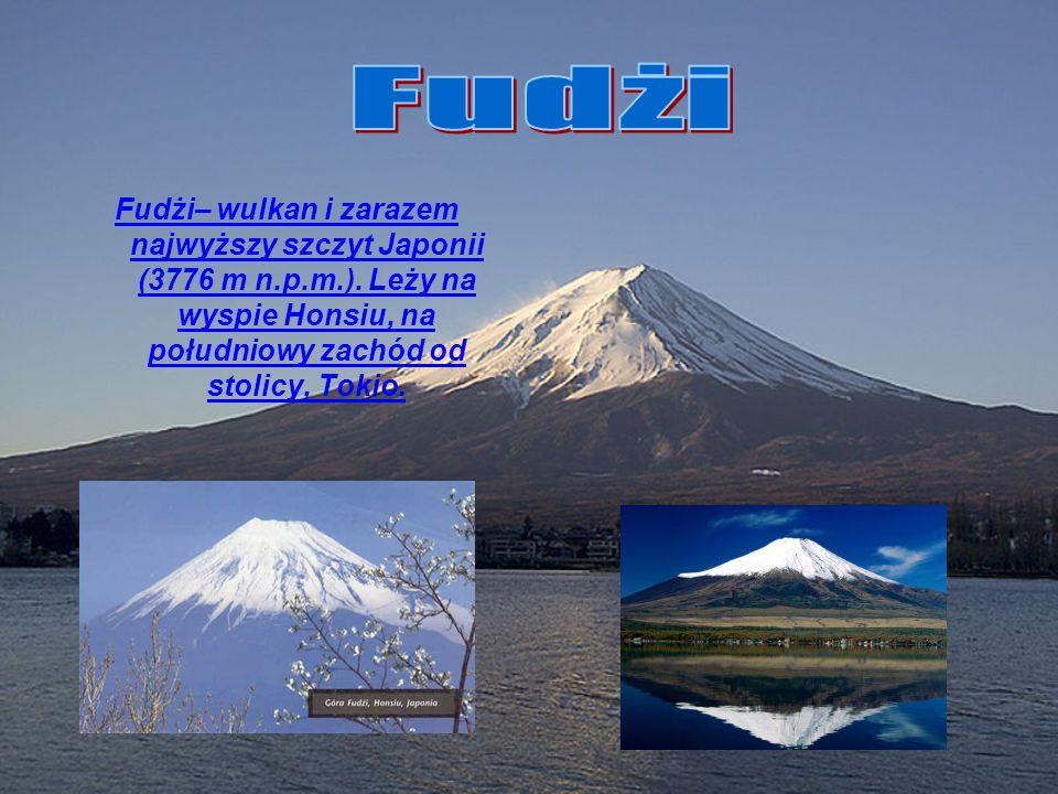 FudżiFudżi– wulkan i zarazem najwyższy szczyt Japonii (3776 m n.p.m.).