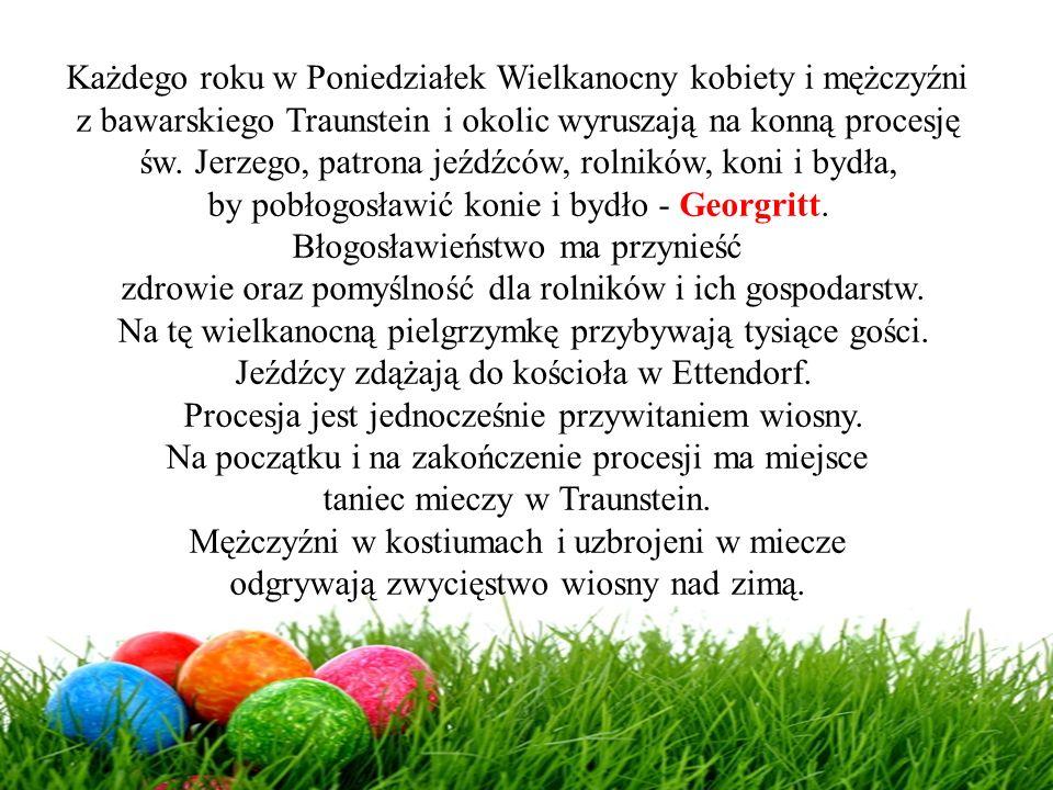 Każdego roku w Poniedziałek Wielkanocny kobiety i mężczyźni