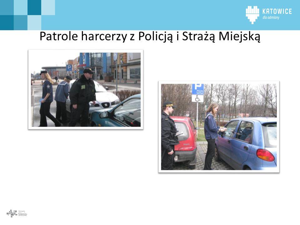 Patrole harcerzy z Policją i Strażą Miejską