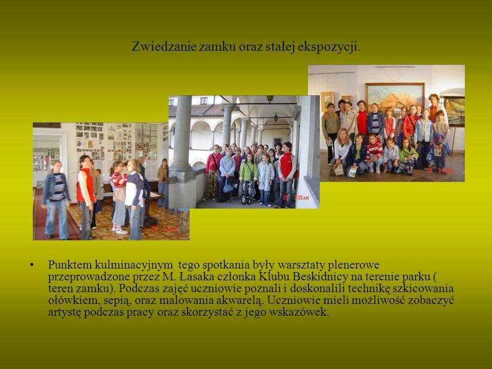 Zwiedzanie zamku oraz stałej ekspozycji.