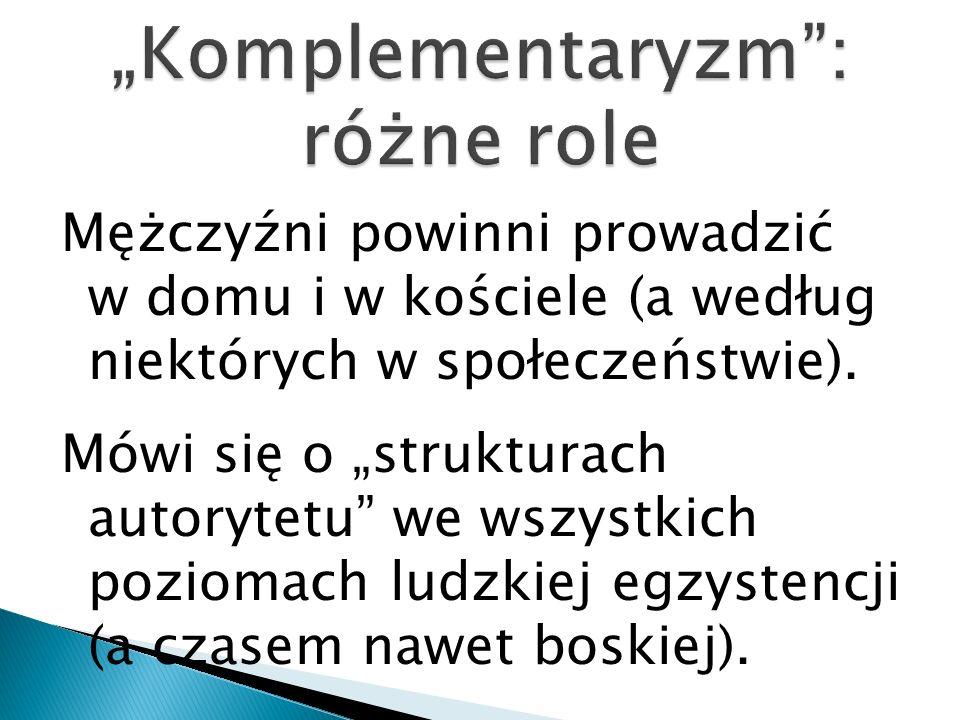 """Komplementaryzm : różne role"
