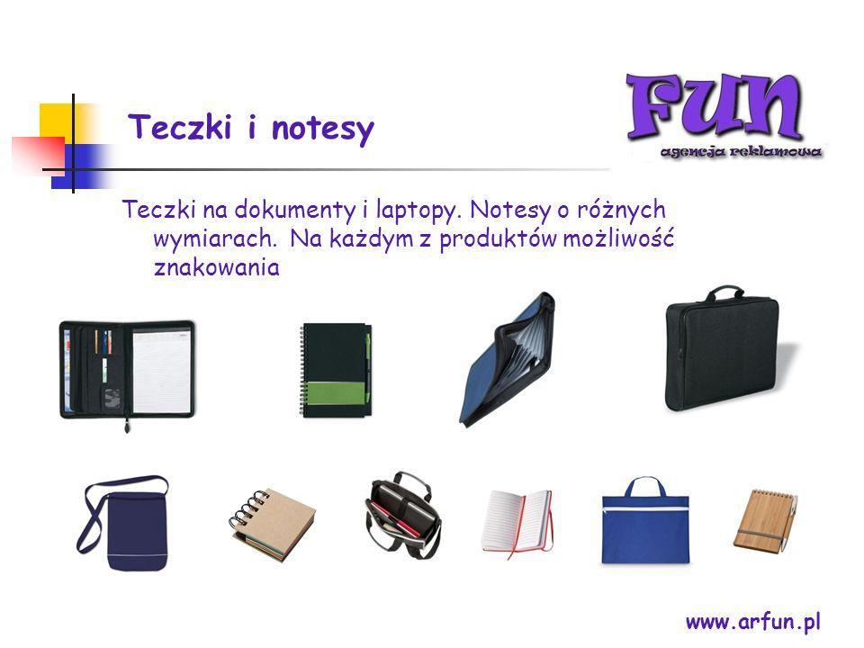 Teczki i notesy Teczki na dokumenty i laptopy. Notesy o różnych wymiarach. Na każdym z produktów możliwość znakowania.
